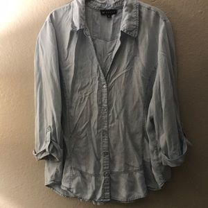 Tops - Chambray flowy blouse